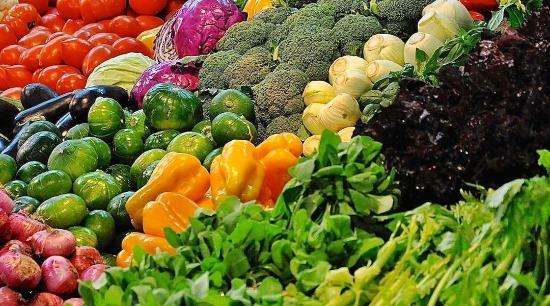 Want to live longer? Eat more plants.